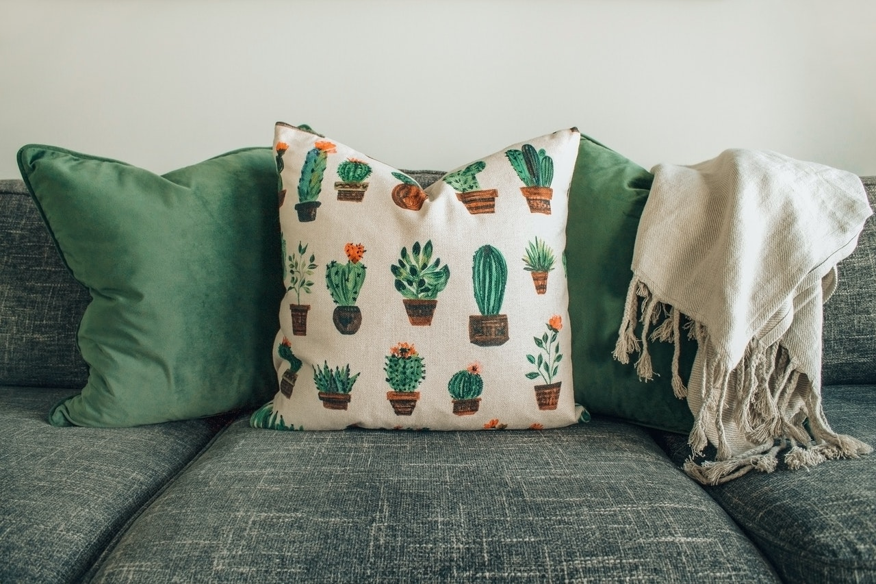 Stylish and Cozy: How to Make Custom Pillow Covers